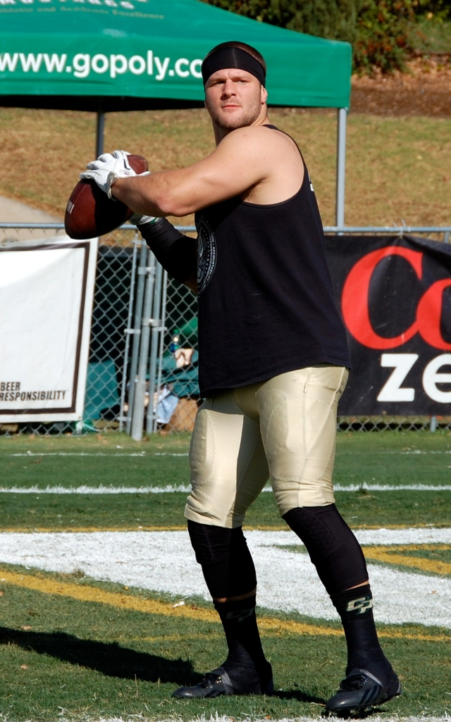 Junior linebacker, Cam Ontko