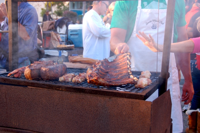 New York steaks, scallops, tri-tip and lobster are served at the tailgate!