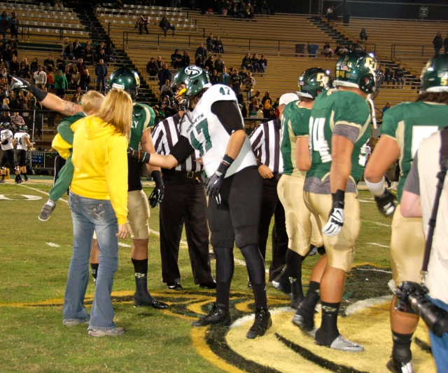 Sacramento State tight end, DJ Maciel, took the time to go over and talk to Bodie during the coin toss