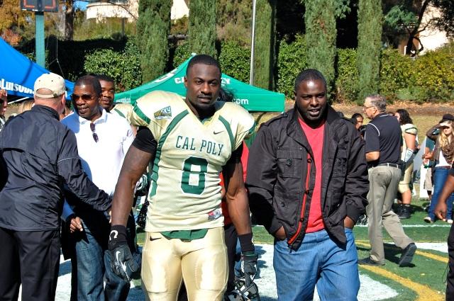Senior fullback Gabe Umoh with his family