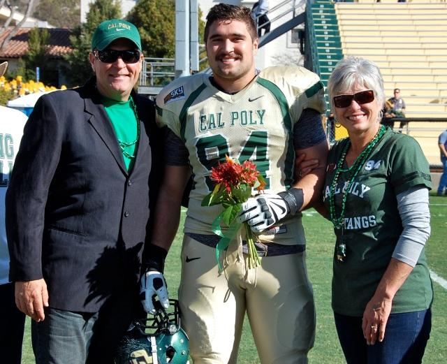 Senior captain and defensive lineman, Sullivan Grosz and his parents