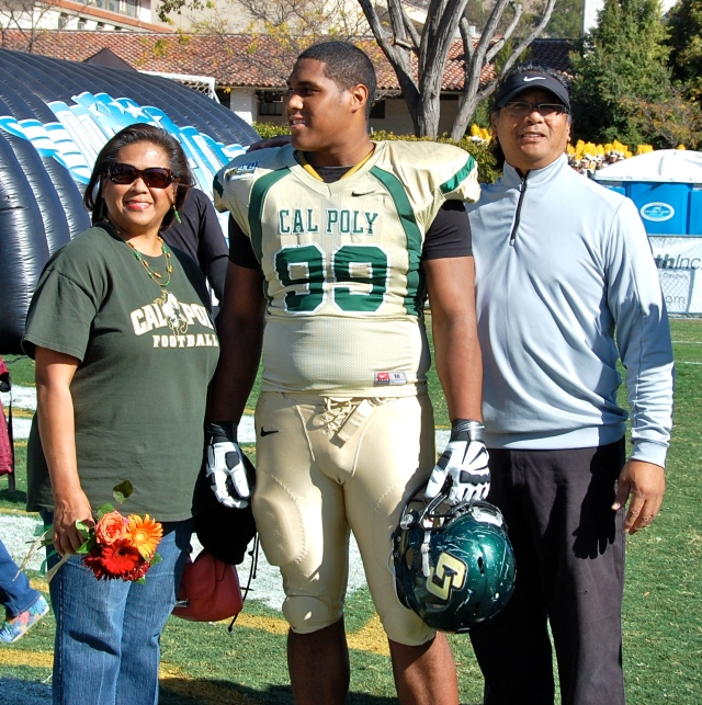 Senior defensive lineman Barrett Wangara and his family