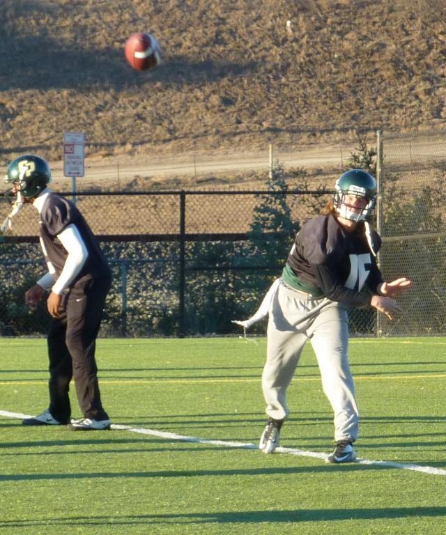 Quarterback Tanner Trosin