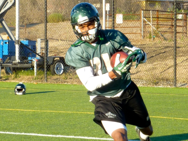 Sophomore wide receiver Jordan Hines